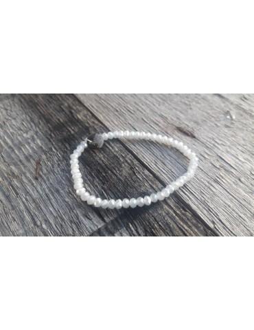 Armband Kristallarmband Perlen hellgrau klar klein Glitzer Schimmer elastisch
