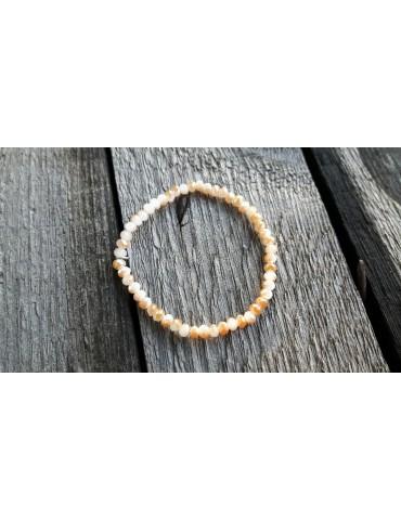 Armband Kristallarmband Perlen klein hellbeige beige Glitzer Schimmer elastisch