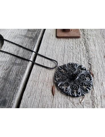 Bijoux Modeschmuck Kette Halskette lang schwarz black Ornament Metall