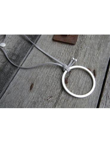Modeschmuck Kette Halskette lang grau silber Metall Textil Kreis