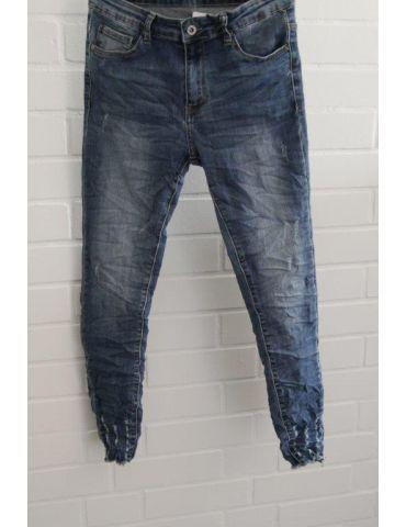 Xuna Jeans Hose Damenhose blau Beinabschluß gefranst und löchrig