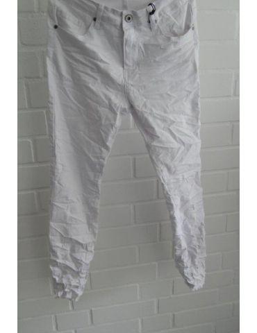 Xuna Jeans Hose Damenhose weiß white Beinabschluß gefranst mit Rissen