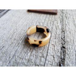 Ring Damenring Kunststoff beige braun schwarz Phantasiemuster