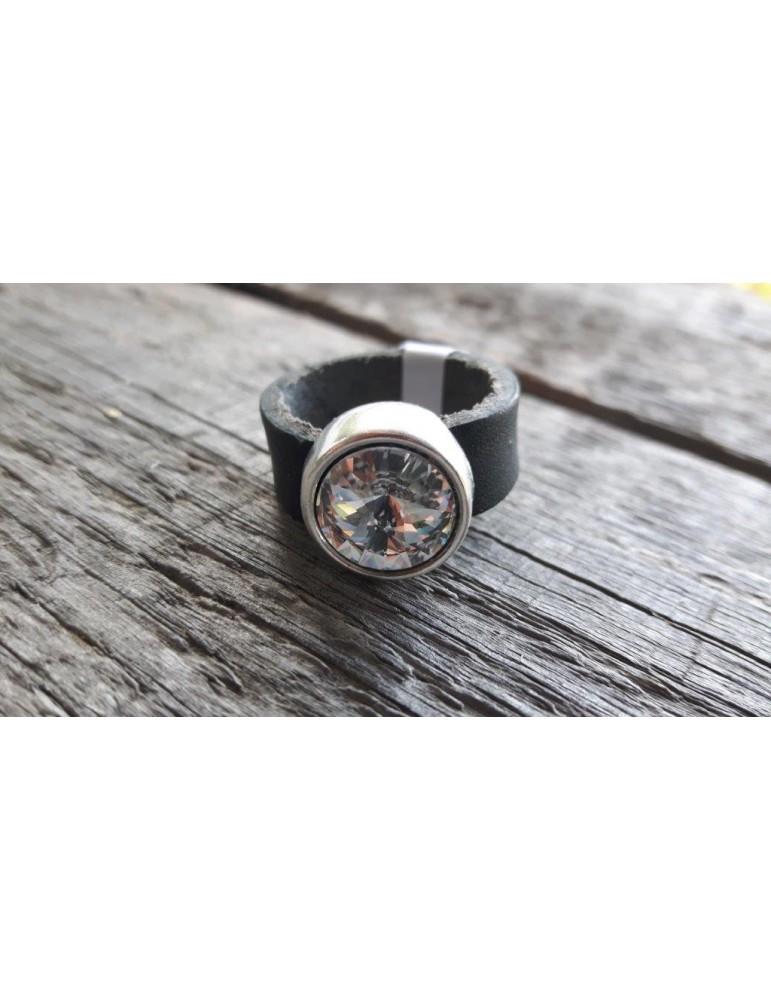 Ring Damenring Echtes Leder Metall schwarz weiß Strass Stein Gr. 19 12921