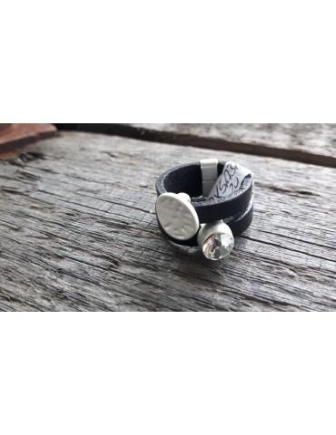 Ring Damenring Echtes Leder Metall schwarz silber Strass Stein Gr. 20 RX5131
