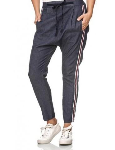 Esvivid Coole leichte Jeans Hose Boyfriend blau rot weiß Streifen